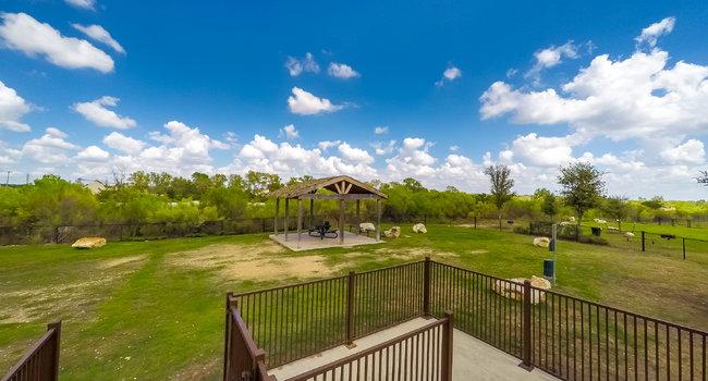 Boulder Creek Apartment Homes - 77 Reviews | San Antonio, TX ...
