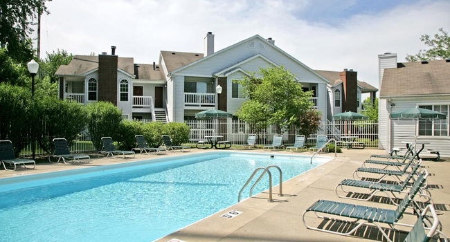 Image Of Country Club Apartments In Toledo Oh