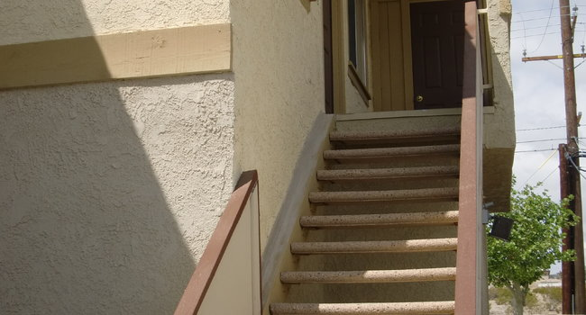 Image Of Desert Heights Apartments In Barstow Ca