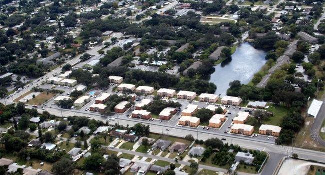 Garden Walk Apartments: Bradenton, FL Apartments For