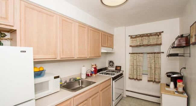 Image Of Plainfield Village Apartments In Plainfield, NJ