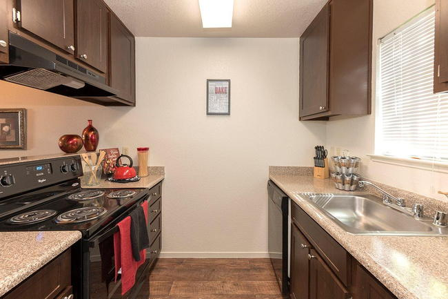 Pepperwood Apartments - 79 Reviews | Roseville, CA ...