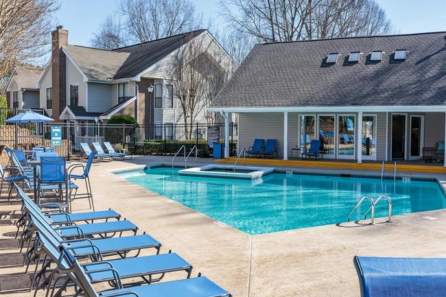 The Brook Apartment Homes 32 Reviews Charlotte Nc Apartments