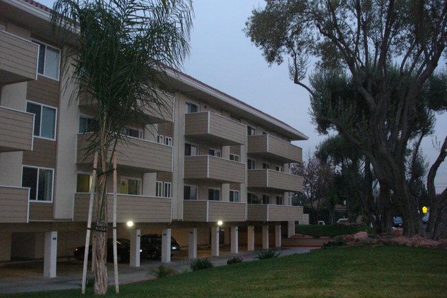 Village Green Apartments 42 Reviews Santa Clara Ca Apartments